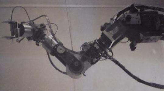 The Hydraulic Arm, Bernie Roth